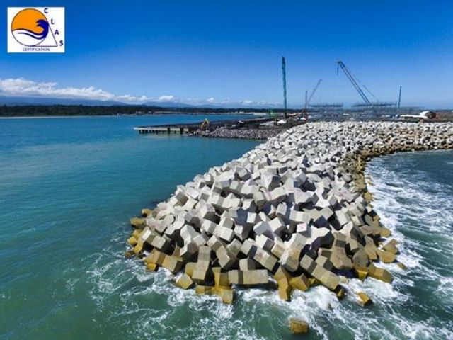 Xbloc ® placement pose expertise certification clas breakwater solution